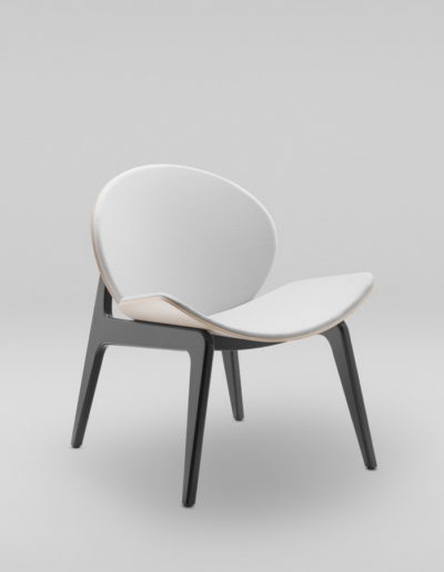Fotel KANU 1 brzoza_tapicerowane siedzisko i opaarcie W02 P_skos