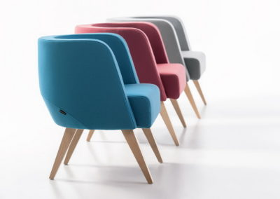 Fotele NEON_S,M, L_nogi drewniane
