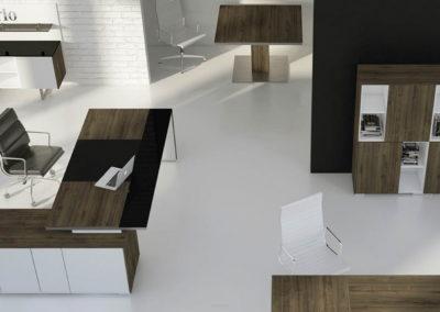 biurka_wsparte_na_komodzie_02