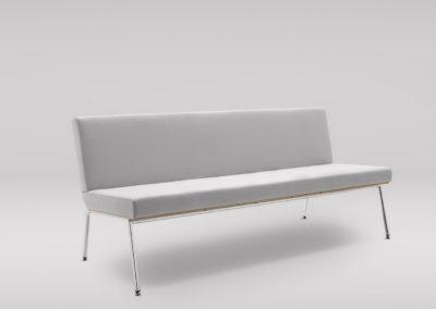 Sofa FIN 3_podstawa metalowa_skos